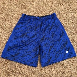 Men's Russell Shorts size L (36-38)